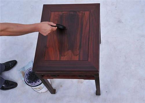 家具油漆味大是甲醛造成的吗 ,挥发需多长时间?堡润漆来告诉你!