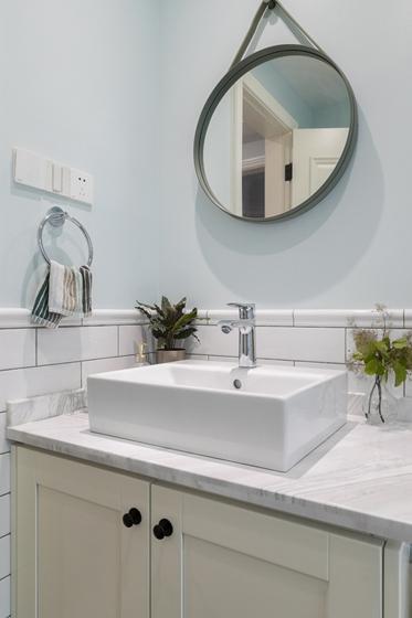 130平现代北欧风格装修浴室柜图片