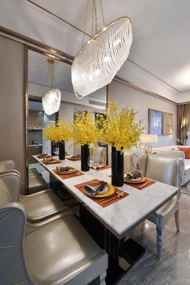80平法式风格装修餐桌图片