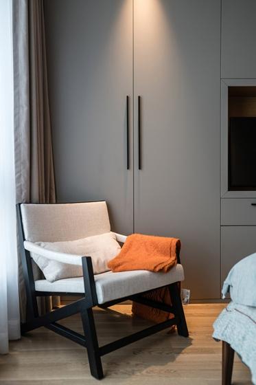 170平大平层装修效果图单人沙发图片