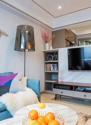 单身公寓现代简约风格装修客厅地灯图片