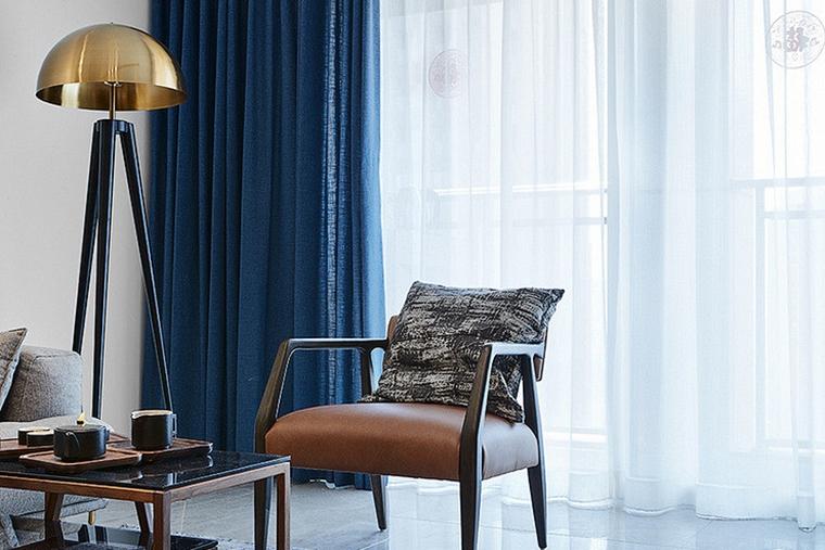 现代简约三居室客厅窗帘图片