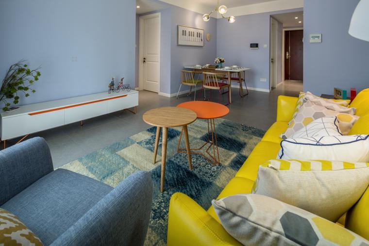 宜家风格两居室装修客厅布艺沙发