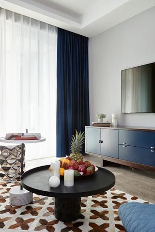 80平小户型装修客厅地毯图片