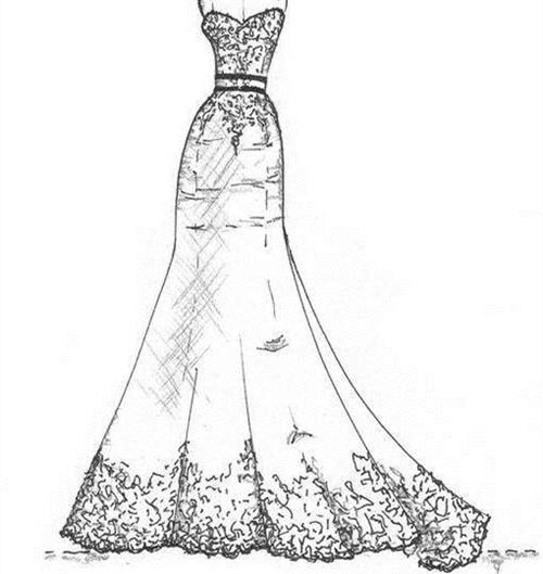 这款婚纱类似于蛋糕裙的设计,但是又不是那边繁重,下身由几层的褶皱