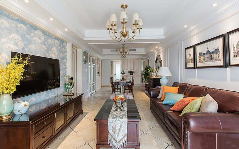 100平美式风格装修客厅吊灯图片