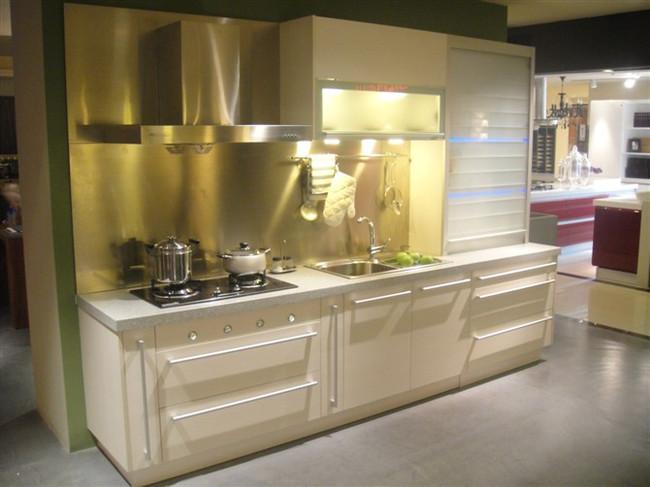 六款一字型厨房装修设计图