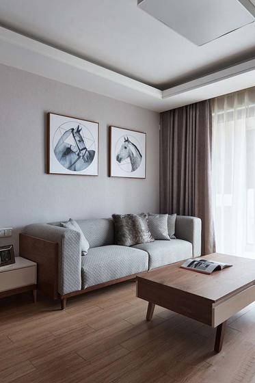简约质感三居室装修客厅窗帘