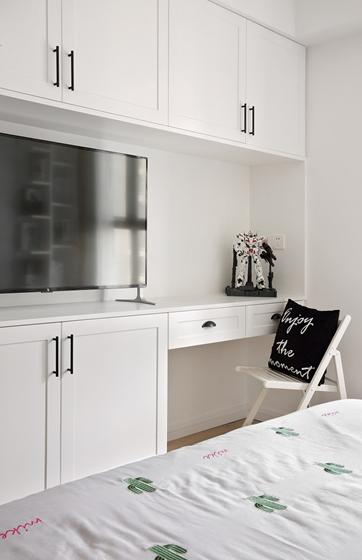 黑白调北欧风格装修卧室收纳柜