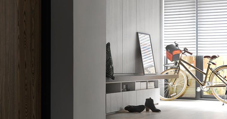 舒适三居室装修收纳柜