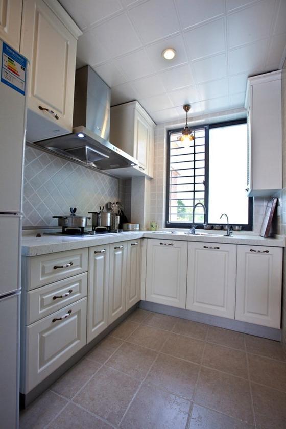 80平清新美式风格装修厨房效果图