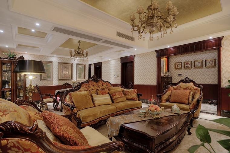 浓墨重彩的欧式风格装修客厅效果图