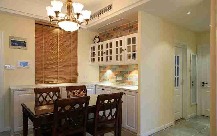 100平两居室装修餐厅效果图