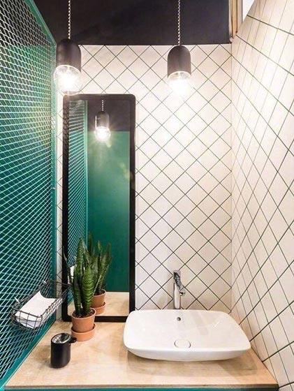 卫生间台盆柜装修实景图