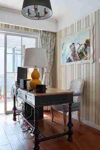 美式风格四房装修书房效果图