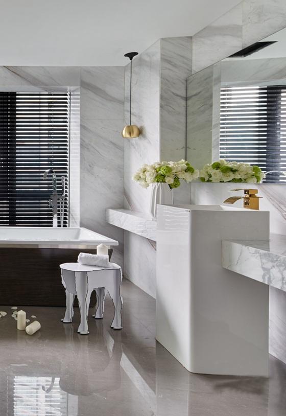 清新简约三居室浴室效果图