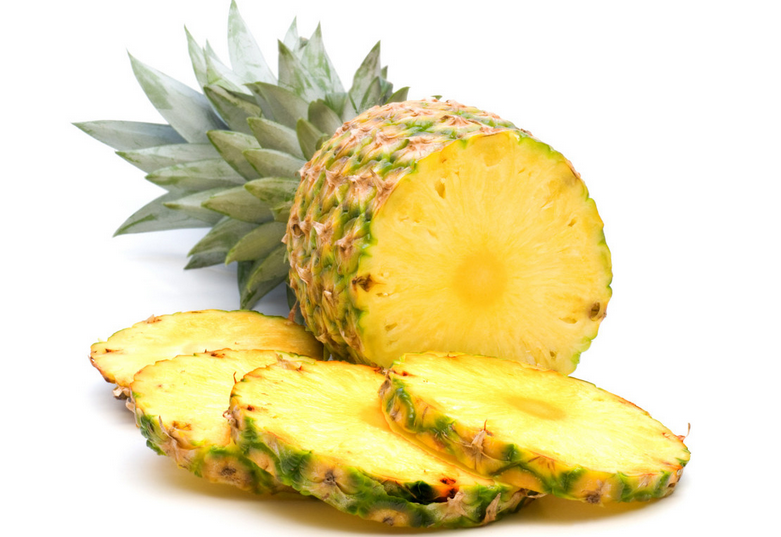 菠萝树图片展示 菠萝与凤梨有什么区别