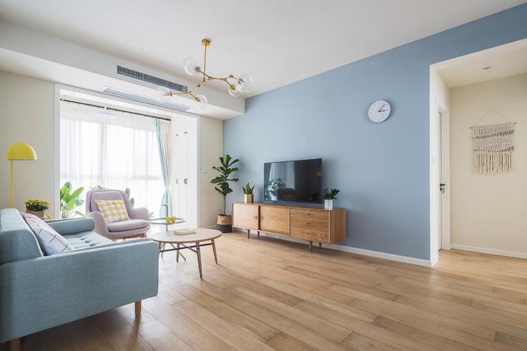 90平毛坯房简单装修电视背景墙