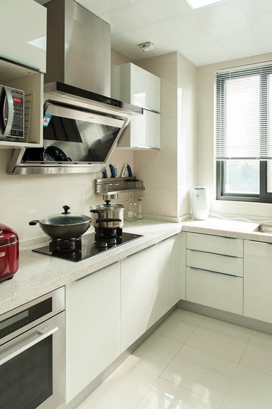 80平简约风格装修厨房效果图