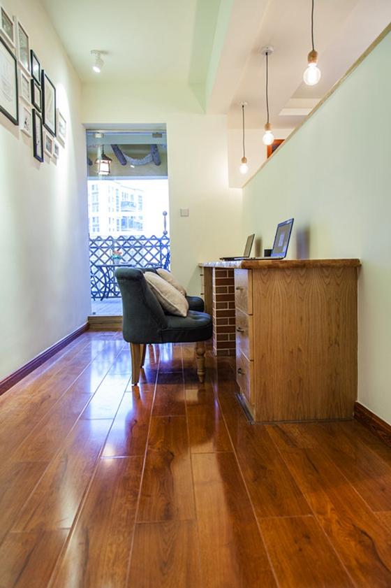 120平三居室装修书房效果图