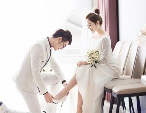 对新娘的祝福语,新婚贺语集锦 时尚实用的祝福语推荐