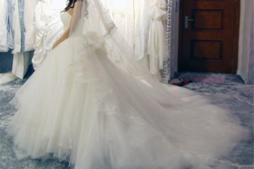 婚纱图片大全 如何挑选适合自己的婚纱礼服图片