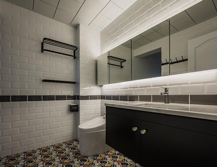 英伦风三居室装修卫生间图片