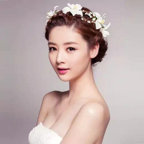 这样打造婚纱发型,让你做个唯美新娘!
