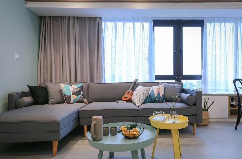 简单90平米房屋装修客厅装修图