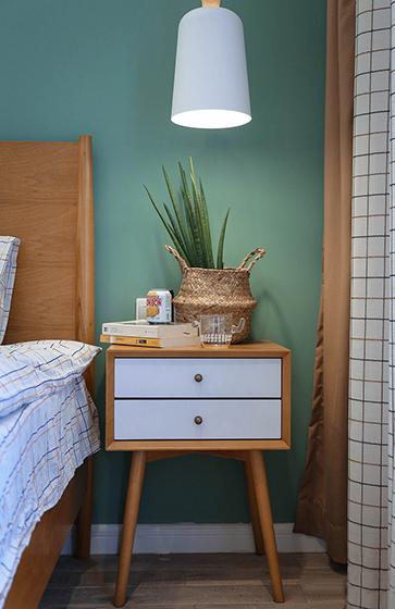 90平北欧风白领公寓床头灯图片