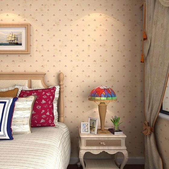 暖色调卧室壁纸装修图