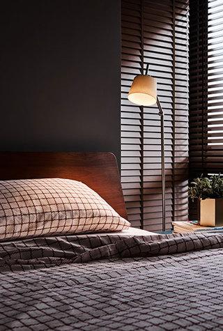 现代简约风格装修床头灯图片