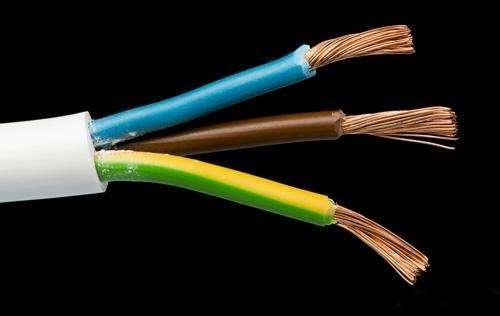 """这4类""""电线""""白送都不要,老电工顺手一扒开,当场我就懵了"""