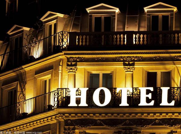 酒店的床尾为什么都放一块布?其实家里也用的着!
