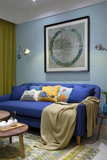 86㎡多彩公寓装修设计布艺沙发图片