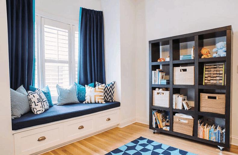 蓝色墙面搭配什么颜色的窗帘?