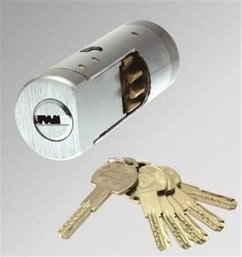 防盗门的锁芯怎么换 快速学会防盗门锁芯更换