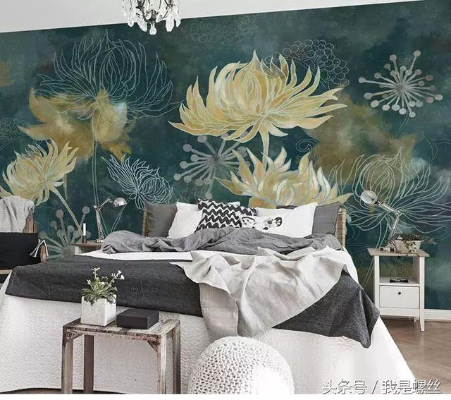 按室内装饰风格可分为,中式手绘墙纸,欧式手绘墙纸,和日韩手绘墙纸等.