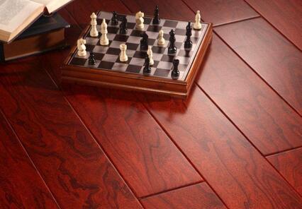 长颈鹿地板好不好 木地板选购技巧