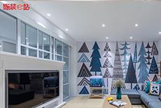 如此的北欧风,客厅背景墙上的森林画,文艺优雅!