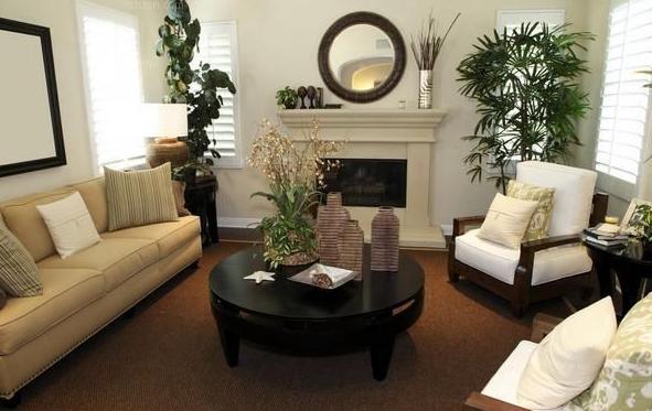 室内的污染许多时分不止是装饰所带来的。家具也会开释一些有害的物质。而人们提到室内污染,首要想到的就是装饰所带来的,而疏忽了家具这个问题。要从每一个细节着手。其实,杰出的室内空气需求用心的运营,无论是在装饰进程中,仍是后期家具的选择,致使最终室内污染的管理,都值得注重。 关于装饰方面的常识九