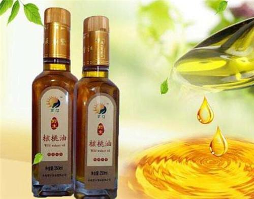 核桃油的美容作用_核桃油功效和作用有哪些一美容养颜的作用