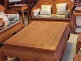 黄花梨木家具价格  怎么辨别黄花梨木家具