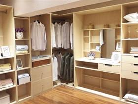 索菲亚衣柜有什么优势 如何轻松辨别索菲亚衣柜的真伪