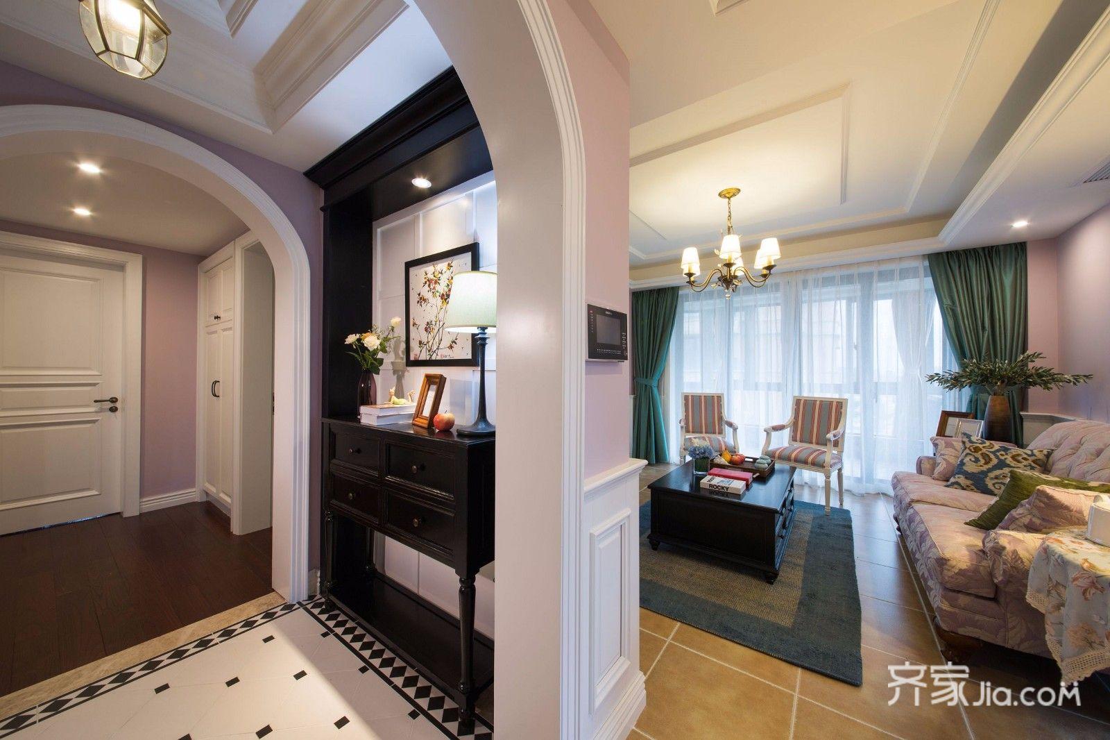 二居室美式装修客厅隔断
