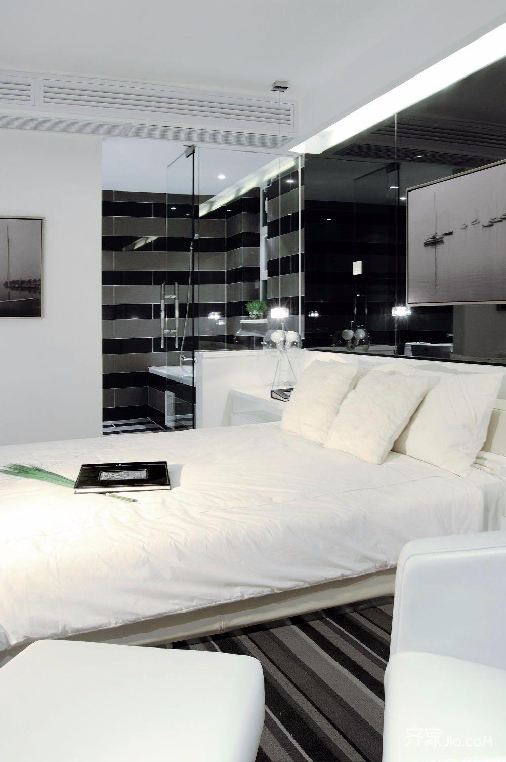 130平简约风格装修卧室设计图