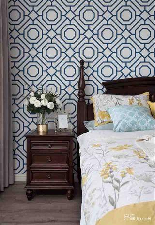 美式三居室装修卧室装潢图