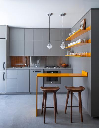 再或者就在厨房的各个边角设计一些小的推拉式收纳栏.图片