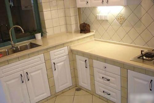 【厨房瓷砖】装修设计注意事项_装修v厨房专题_齐家网绘制cad开始图片
