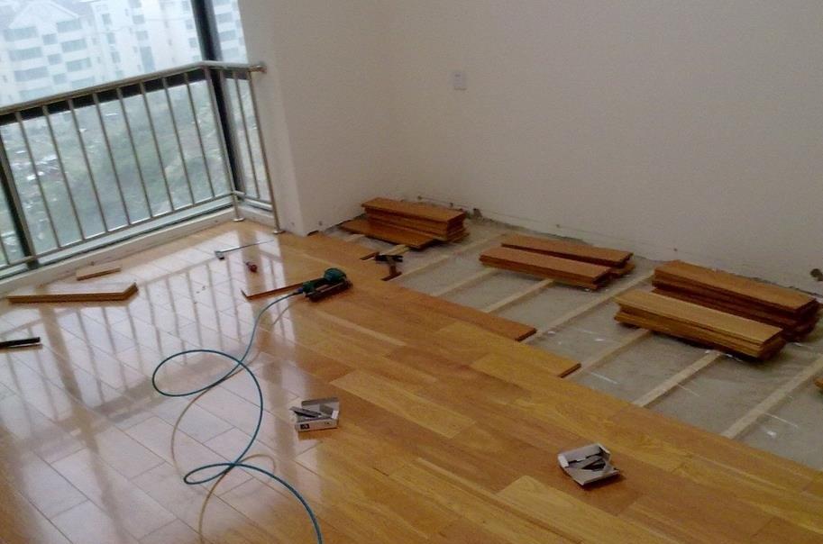 复合地板安装全步骤 安装复合地板的注意事项